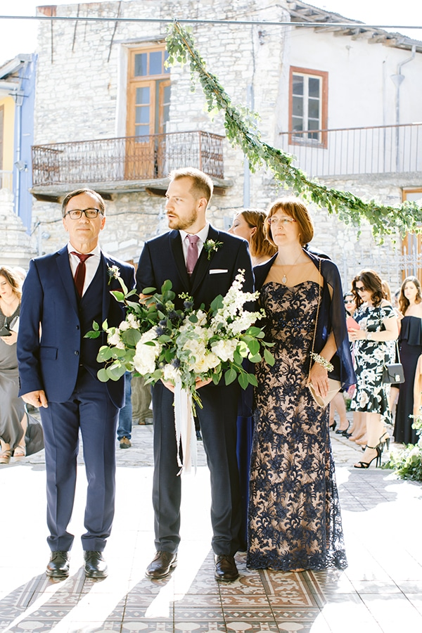 gorgeous-spring-wedding-lefkara-dusty-blue-details_18