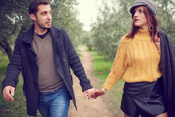 romantic-anniversary-shoot-park-kifisia_07