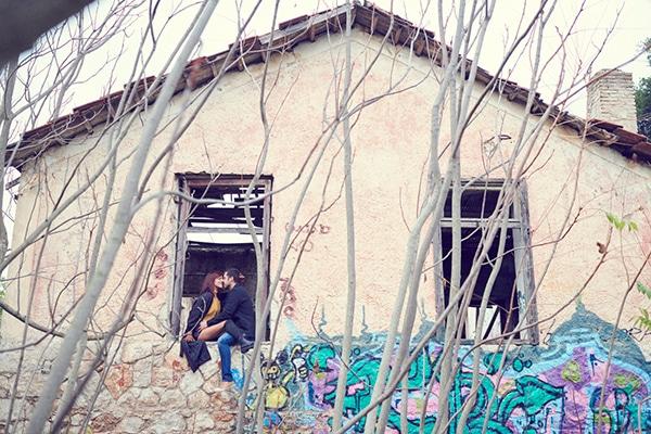 romantic-anniversary-shoot-park-kifisia_11