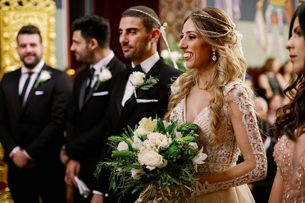 romantic-elegant-fall-wedding-nicosia-white-flowers-greenery_22x