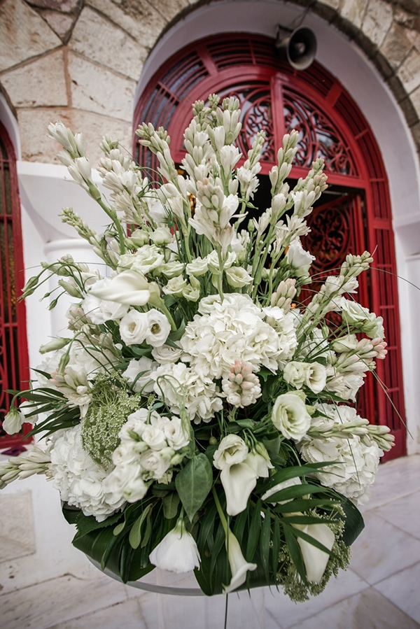 romantic-fall-wedding-athens-white-flowers_13