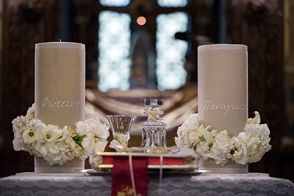 romantic-fall-wedding-athens-white-flowers_16