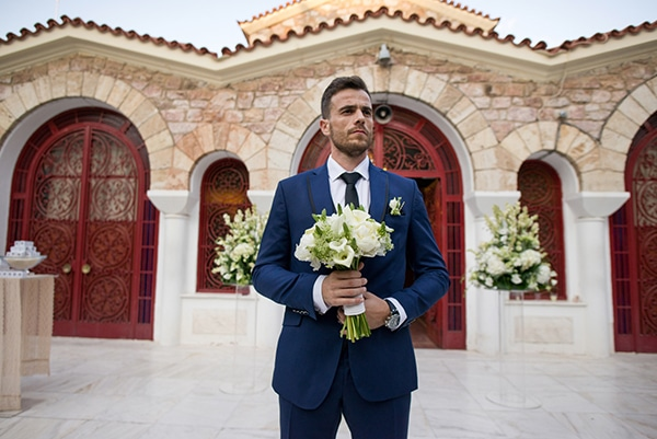 romantic-fall-wedding-athens-white-flowers_18