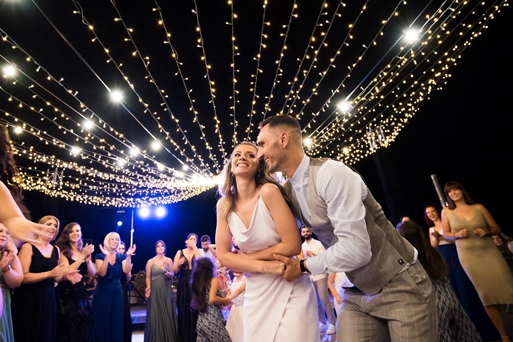 Ρομαντικός καλοκαιρινός γάμος στη Θεσσαλονίκη με πανέμορφο ανθοστολισμό | Ιωάννα & Ηλίας