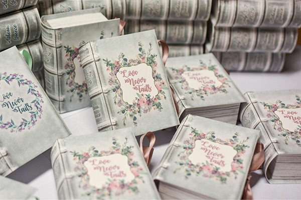 unique-handmade-custom-made-boxes-books-wedding-gifts-favors_01x