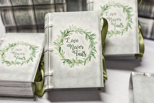 unique-handmade-custom-made-boxes-books-wedding-gifts-favors_02