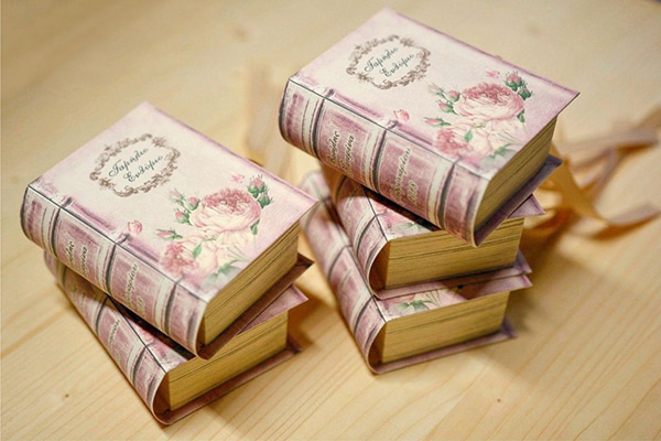 unique-handmade-custom-made-boxes-books-wedding-gifts-favors_04