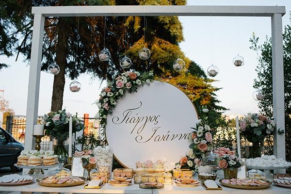 Υπέροχο dessert table
