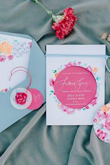 Προσκλητήρια γάμου με καλοκαιρινά χρώματα