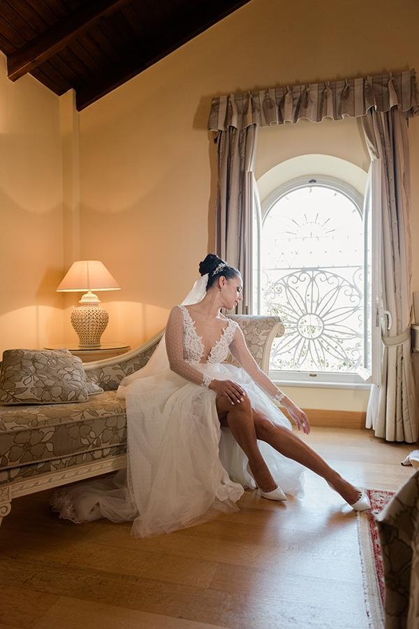 beautiful-winter-wedding-corfu-burgundy-hues_06x