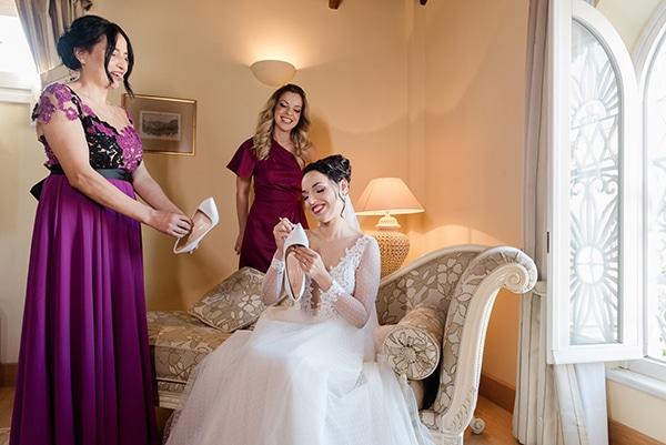 beautiful-winter-wedding-corfu-burgundy-hues_08