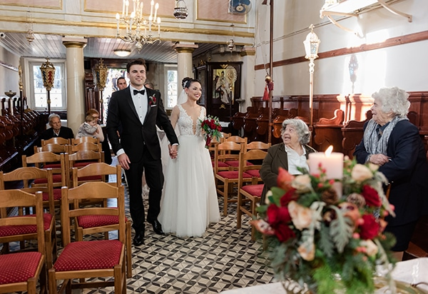 beautiful-winter-wedding-corfu-burgundy-hues_15