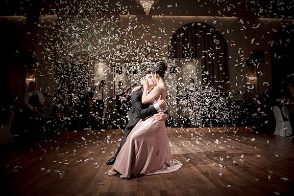 beautiful-winter-wedding-corfu-burgundy-hues_20