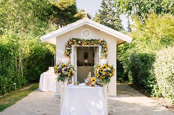 church-entrance-decoration-ideas-we-love_01