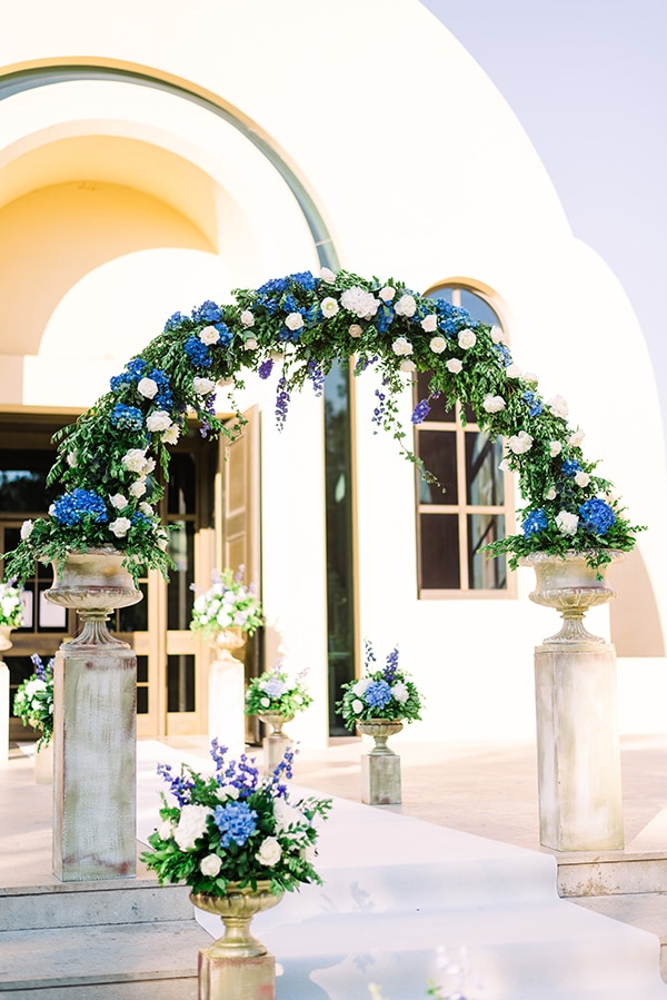 church-entrance-decoration-ideas-we-love_02