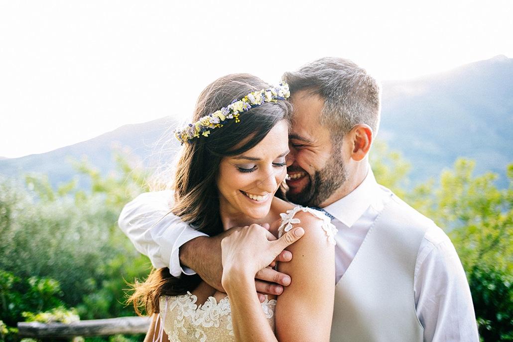 Destination γάμος με λουλούδια του αγρού | Κωνσταντίνα & Κωστής