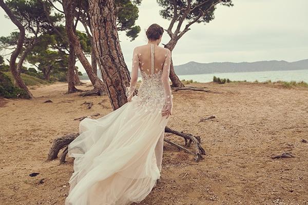 impressive-wedding-dresses-open-back_02