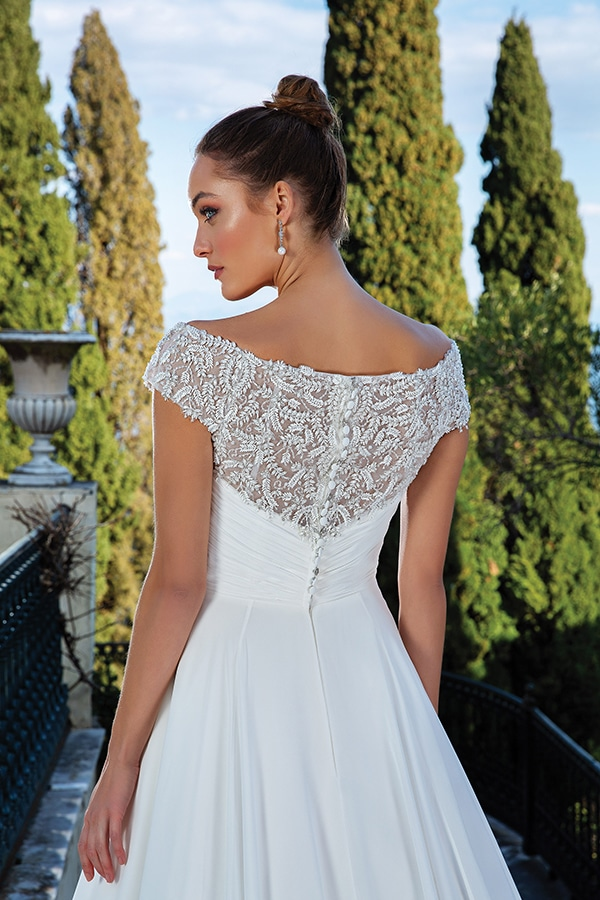 justin-alexander-wedding-dresses-we-adore_18