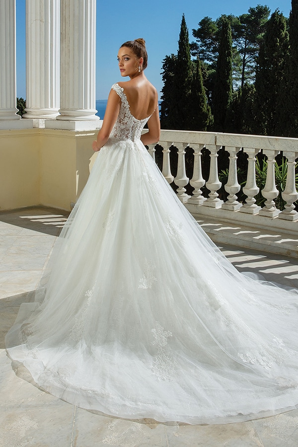 justin-alexander-wedding-dresses-we-adore_25