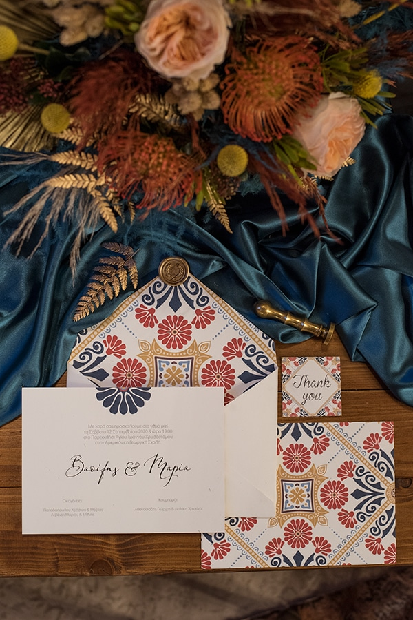 montern-bohemian-wedding-ideas-decoration-pampass-grass-exotic-flowers-vivid-colors_04