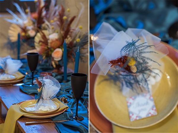 montern-bohemian-wedding-ideas-decoration-pampass-grass-exotic-flowers-vivid-colors_06A