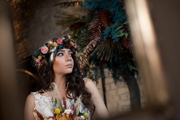 montern-bohemian-wedding-ideas-decoration-pampass-grass-exotic-flowers-vivid-colors_10x