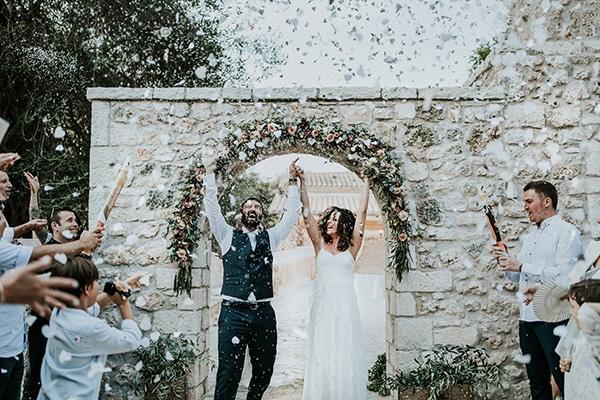 Ο πιο όμορφος γάμος σε ελαιώνα | Ζωή & Γιάννης