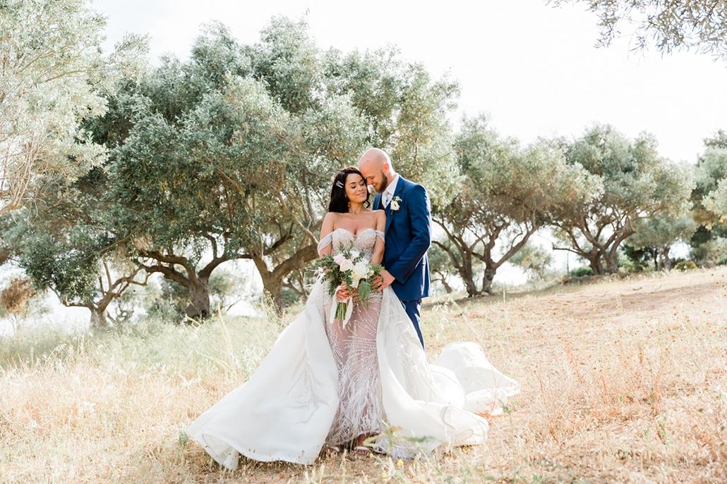 Πανέμορφος γάμος σε ροζ αποχρώσεις στον Πύργο Πετρέζα | Μαριάννα & Paul