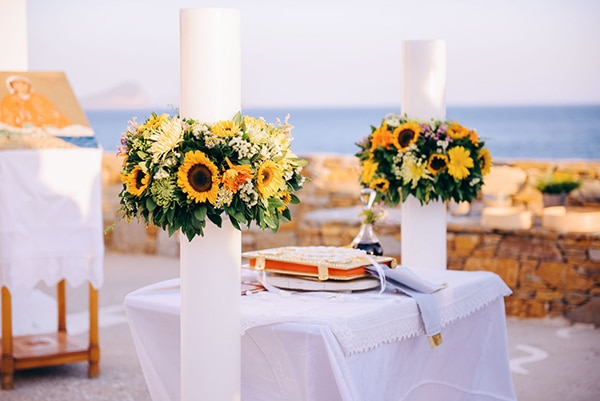 romantic-fall-wedding-beautiful-kythnos-sunflowers_05