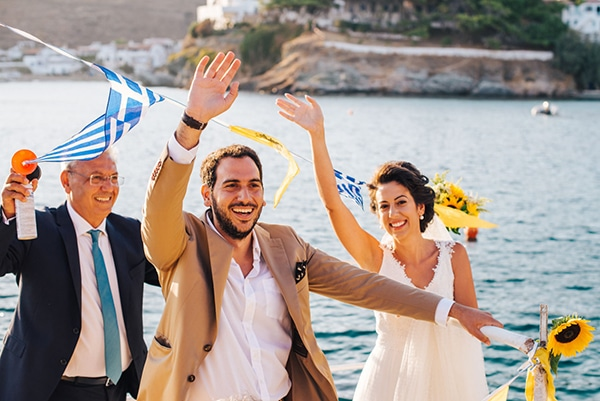romantic-fall-wedding-beautiful-kythnos-sunflowers_14x