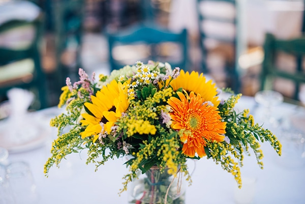 romantic-fall-wedding-beautiful-kythnos-sunflowers_29x