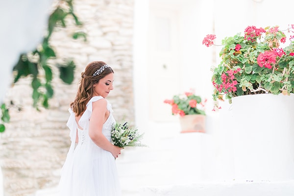 romantic-greek-island-wedding-tinos-string-lights-bhemian-elements_32x
