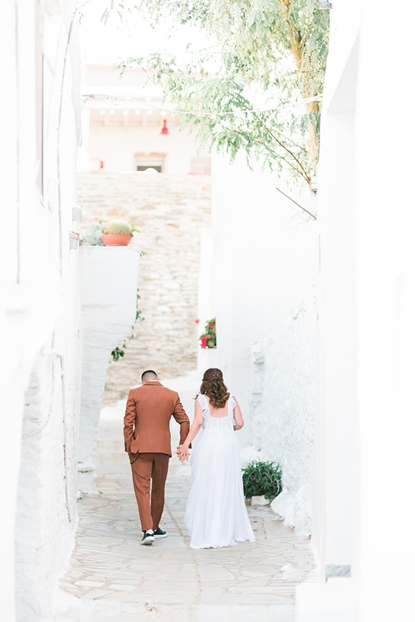 romantic-greek-island-wedding-tinos-string-lights-bhemian-elements_36