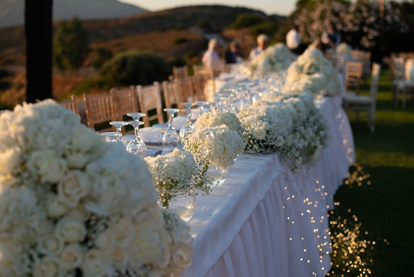 summer-wedding-white-flowers-xatzi-mansion_19