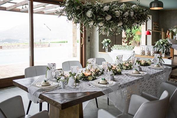 Πρωτότυπες ιδέες διακόσμησης γάμου με ελιά και παραδοσιακά ελληνικά στοιχεία
