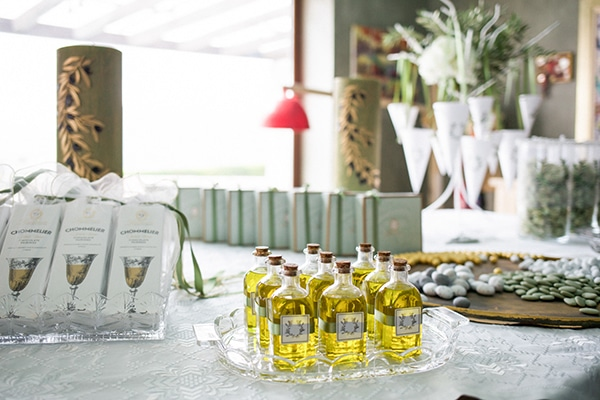 unique-wedding-decoration-ideas-olive-traditional-greek-elements_10