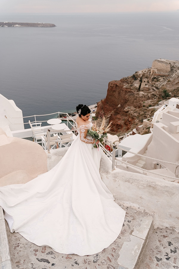 incredible-florals-fall-wedding-santorini_02