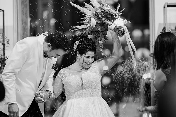 incredible-florals-fall-wedding-santorini_14