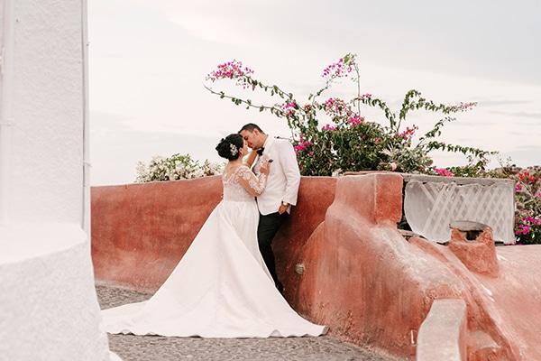 incredible-florals-fall-wedding-santorini_25