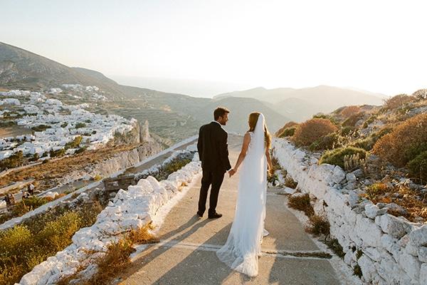 romantic-summer-wedding-folegandros-dusty-blue-accents_02