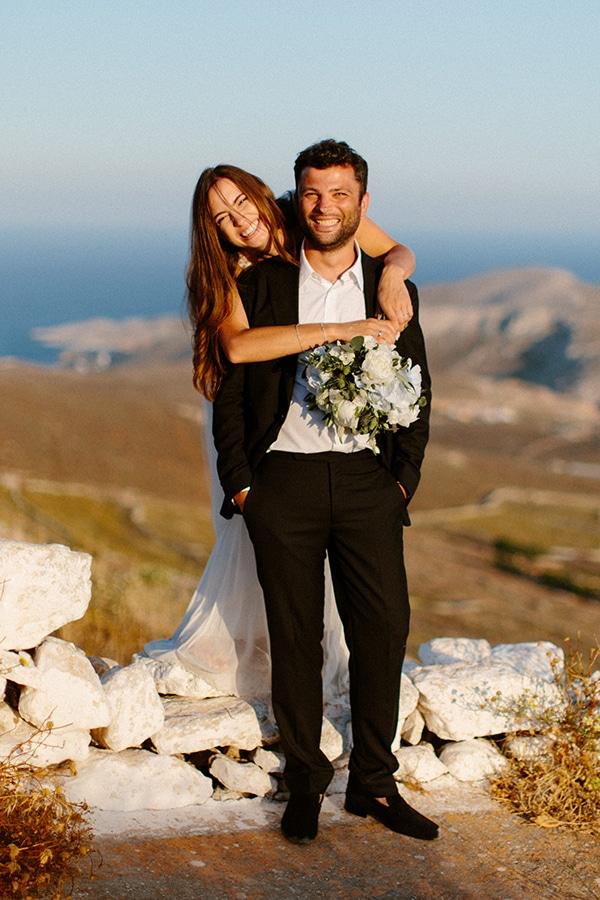 romantic-summer-wedding-folegandros-dusty-blue-accents_03