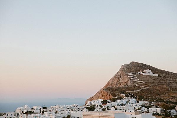 romantic-summer-wedding-folegandros-dusty-blue-accents_04