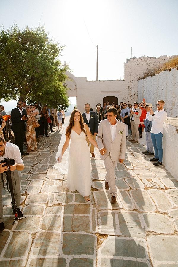 romantic-summer-wedding-folegandros-dusty-blue-accents_17