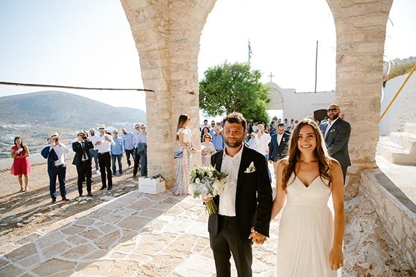 romantic-summer-wedding-folegandros-dusty-blue-accents_20
