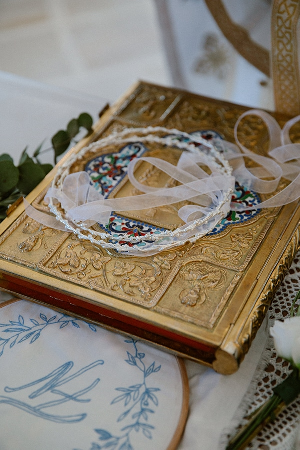 romantic-summer-wedding-folegandros-dusty-blue-accents_24