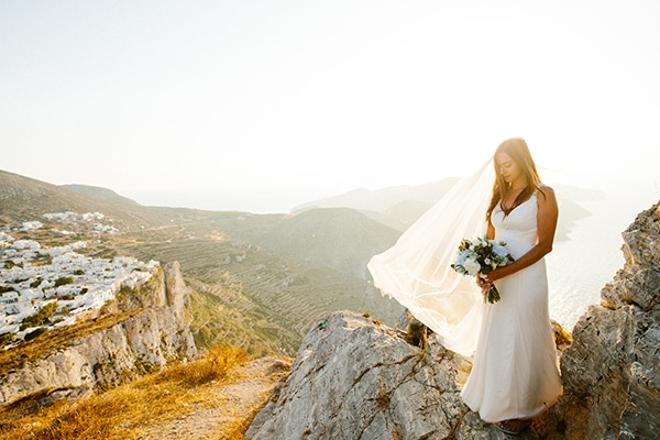 romantic-summer-wedding-folegandros-dusty-blue-accents_33