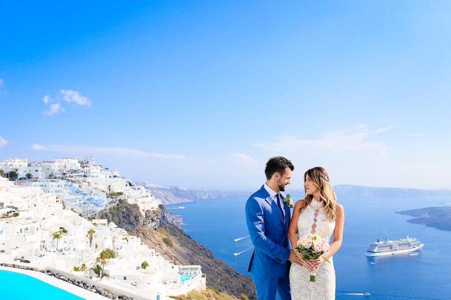 Ρομαντικός καλοκαιρινός γάμος στη μαγευτική Σαντορίνη
