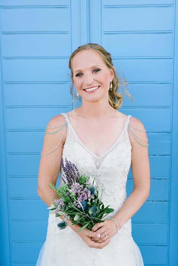 rustic-beach-wedding-sifnos-blue-green-accents_13