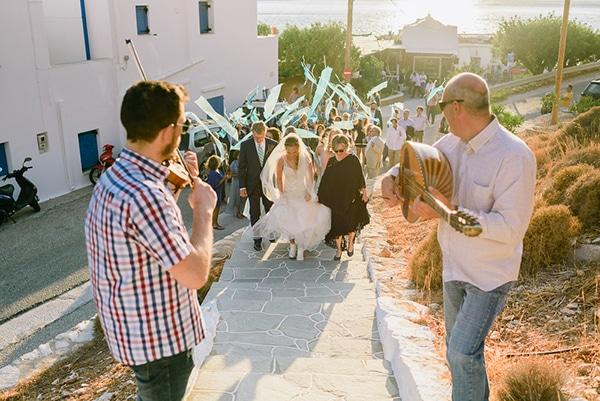 rustic-beach-wedding-sifnos-blue-green-accents_28