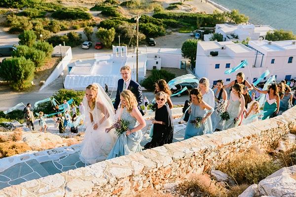 rustic-beach-wedding-sifnos-blue-green-accents_31